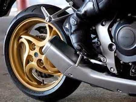 gambar mono arm Honda CB1000R