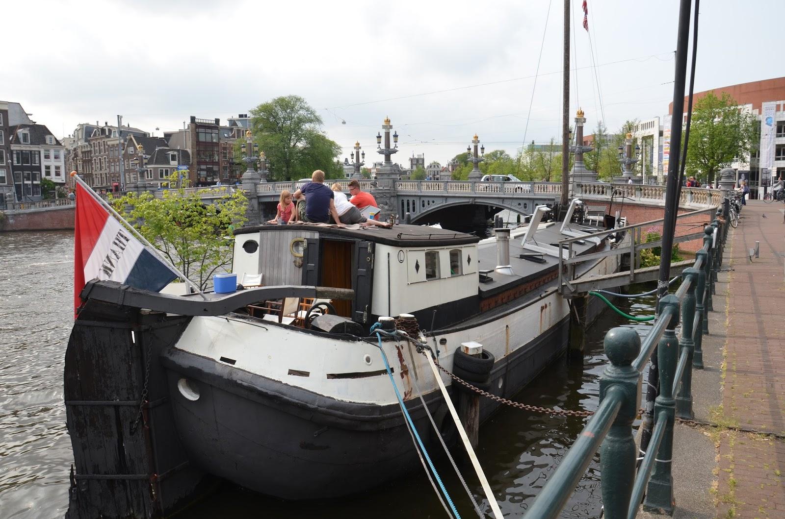 bo på husbåd i amsterdam