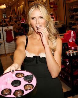 Heidi Klum eating chocolate