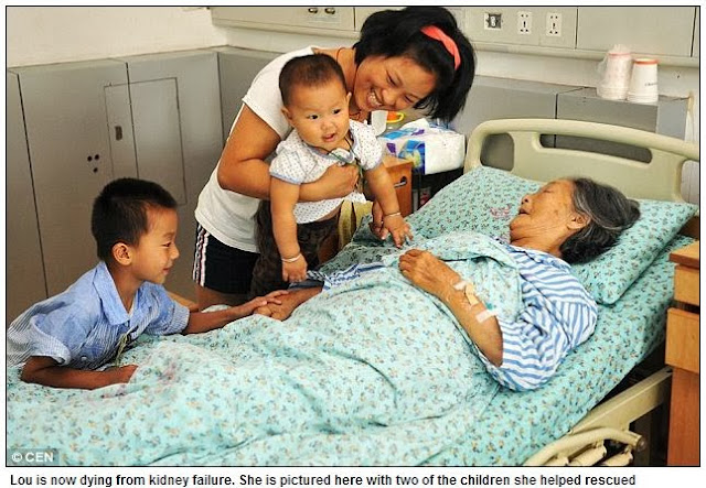 Heroic Chinese Mother Saved 30 Children Found Dumped in the Trash