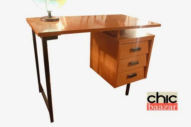 chicbaazar objets vintage 50 60 70 superbe bureau moderniste style pierre guariche 1950 60. Black Bedroom Furniture Sets. Home Design Ideas
