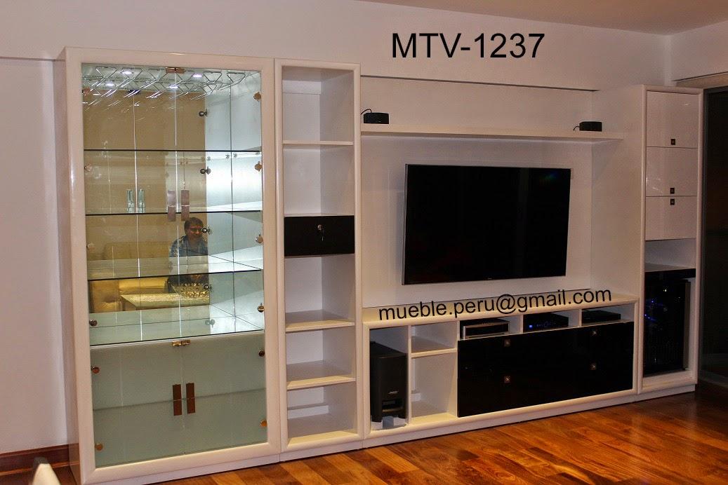 Muebles tv modernos centros de entretenimiento for Muebles de centro