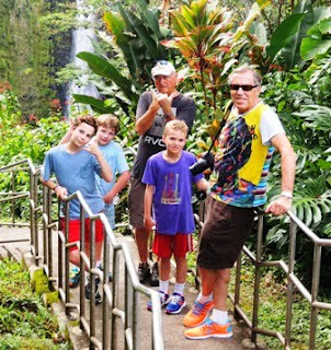 Dick Gentry, hiking, Marla Gentry, Akaka Falls, turtles, eels