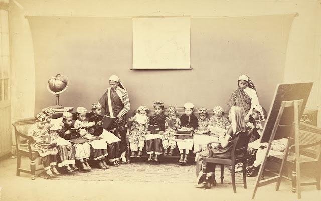 Girl's school, Mumbai