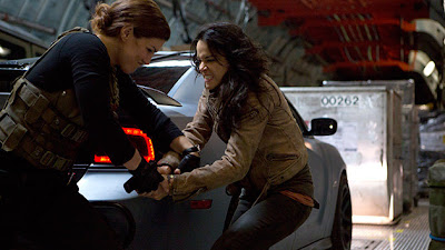 Gina Carano Michelle Rodriguez Fast and Furious 6
