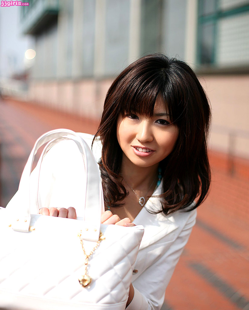 Misato Kuninaka Photo