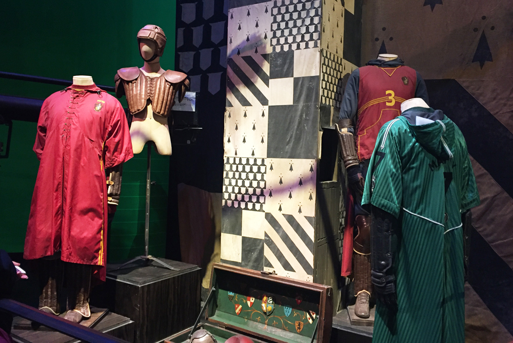 Warner Bros Studio Tour The Making of Harry Potter - Quidditch Robes