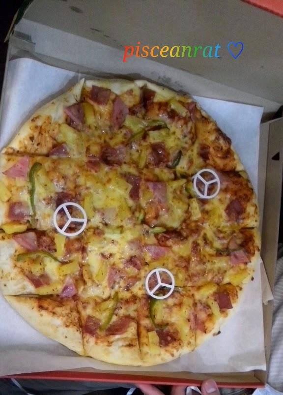 hawaiian overload pizza