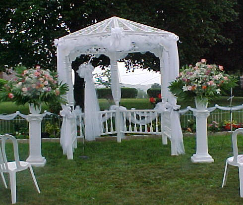 Wedding find wedding decorations ideas outdoor for Outdoor wedding gazebo decorating ideas