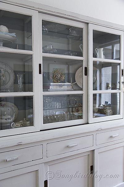 http://www.songbirdblog.com/milk-paint-hutch-makeover-reveal-yeah/#_pg_pin=573184