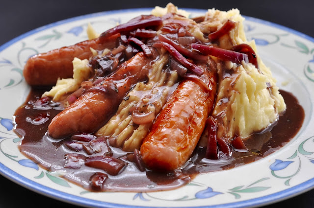 Deluxe Caramelised Red Onion Gravy with Sausage and Mash ~ Simple Food