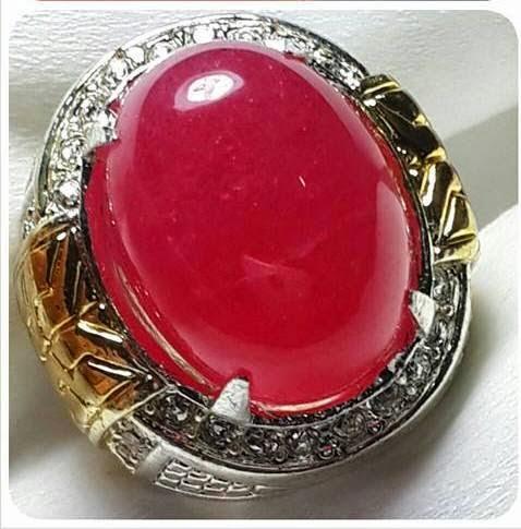 Batu Natural Giok Merah Kristal