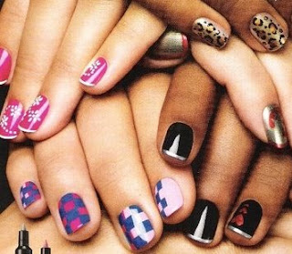 Creative Nail Paint Wallpaper