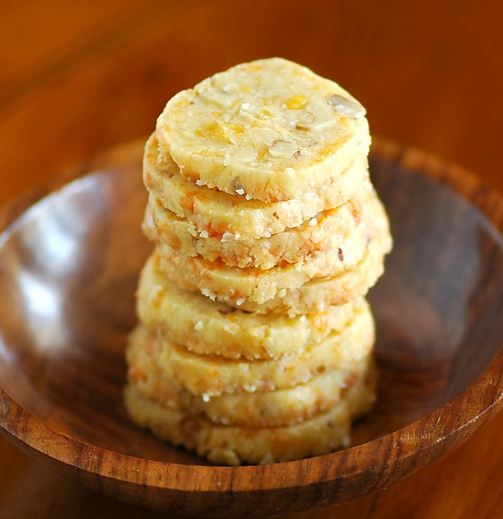 Cheese and Walnut Crackers