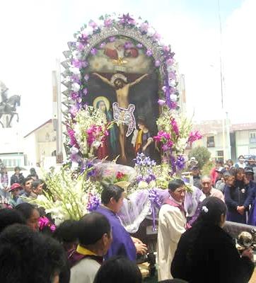 Foto de la procesión del Señor de los Milagros en provincia