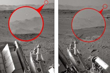 Misteri Titik Putih Tertangkap Kamera Curiosity di Mars