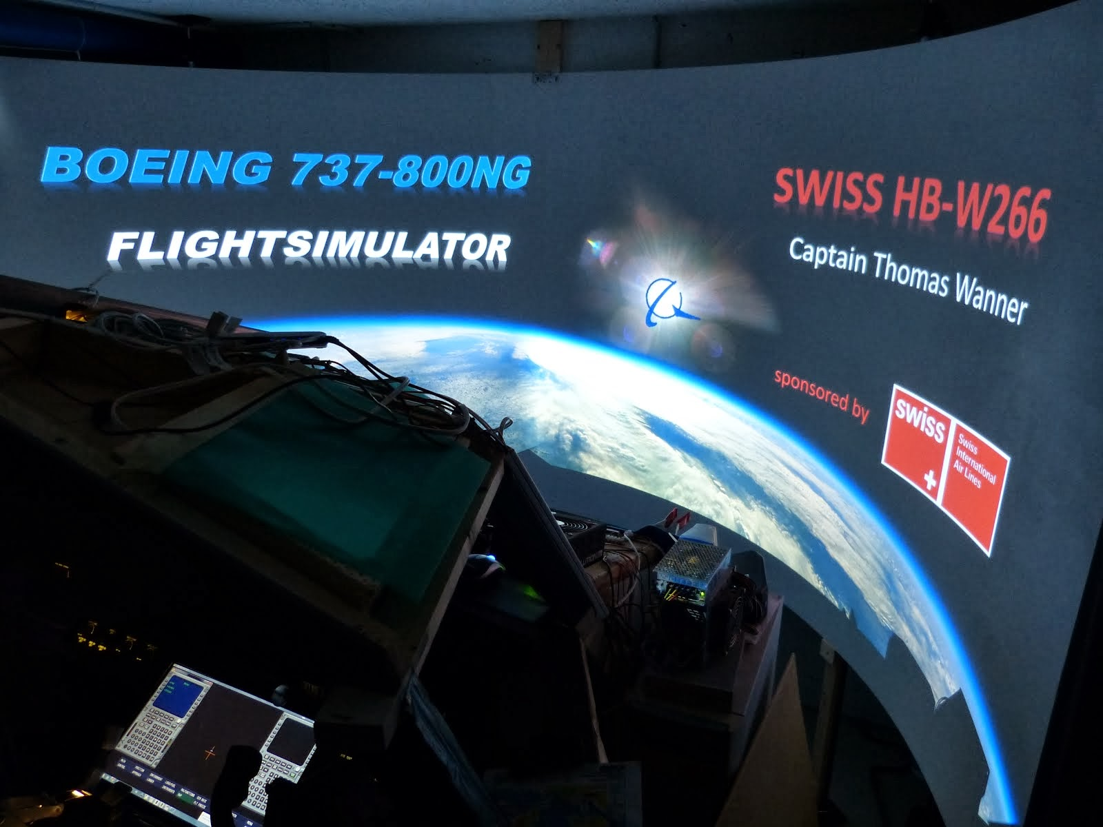 B737-800NG FLIGHTSIMULATOR - NEW OPENING SCREEN