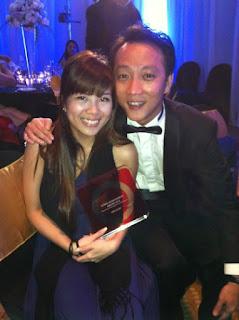 Redwoods Advance Singapore_RR_Jas with Admin Achievement Award