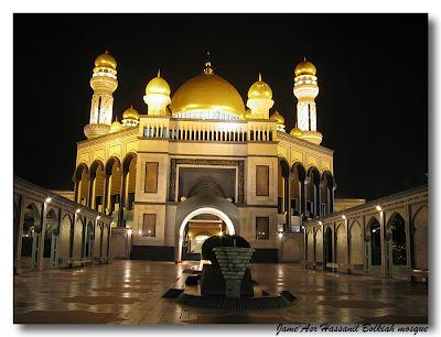 Masjid Jame Asr Hassanil Bolkiah, Brunei Darussalam, sewa villa di batu