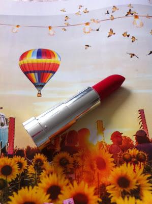 yves rocher rouge red moisturising lipstick
