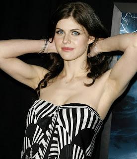 hot mature - sexygirl-AlexandraDaddario-750098.jpg