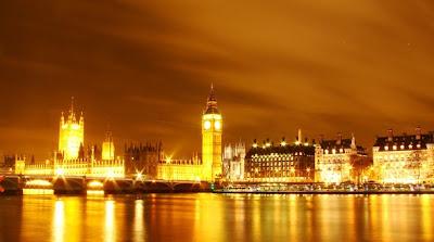Londres iluminada de noche
