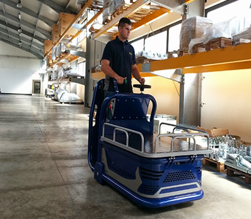 Material Handling Electric Carts: Low Level Order Picker