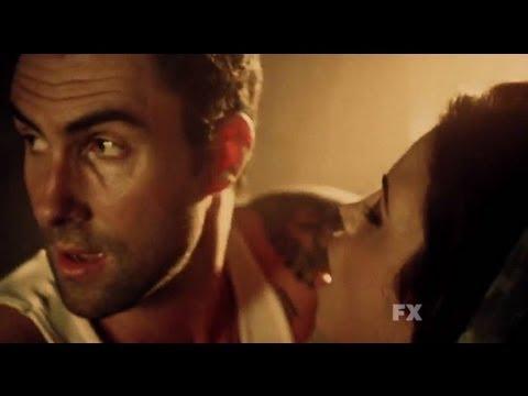 American Horror Story 2x01 - Asylum con Adam Levine