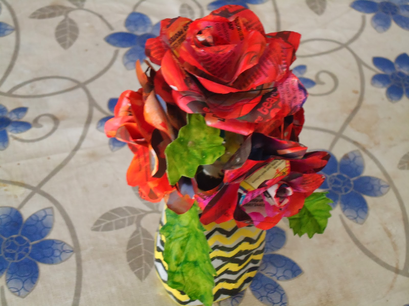 My Little World Of Crafts News Paper Flowers