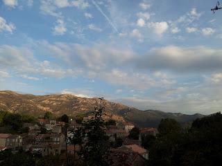 ciel nuageux sur Aullène en Alta Rocca