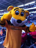 Hull City Mascot gave us the thumbs up.