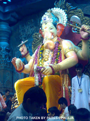 Lalbaugcha Raja Ganpati in yellow Dhoti 2011