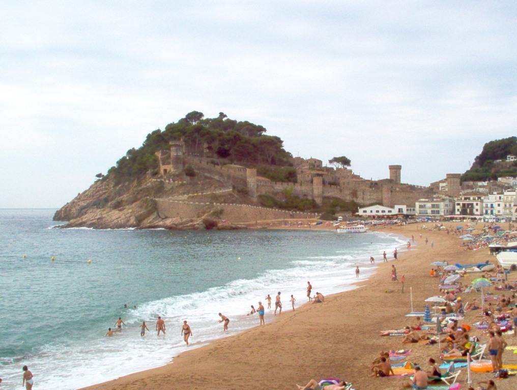 Viaggi barcellona spagna mare vacanze vacanze for Hotel barcellona sul mare