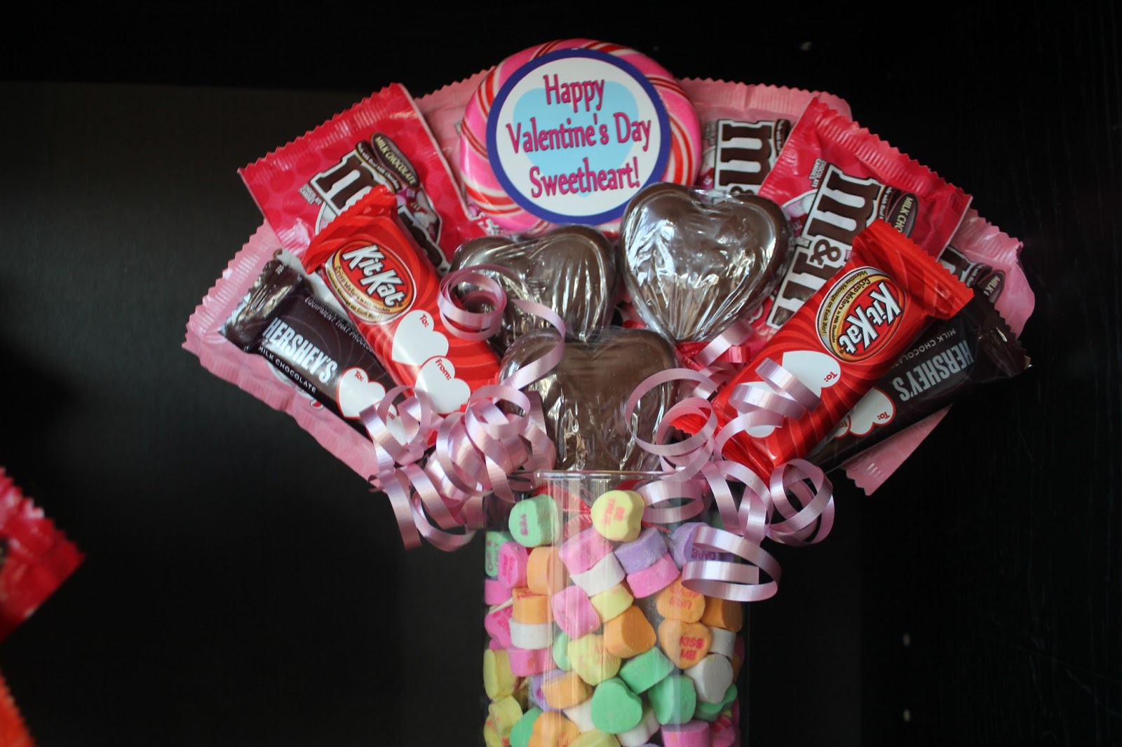You Can Also Take A Big Vase And Put A Piece Of Styrofoam Down In It. Then  Take Conversation Hearts Or Other Candy And Fill It Around The Foam.
