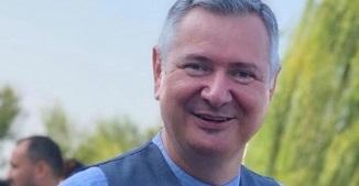 Florin Ianovici 🔴 El, noi și groapa cea de toate zilele