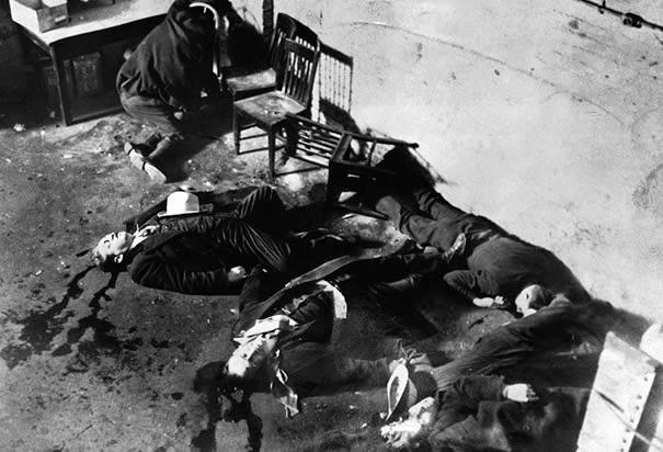 Famous Mafia Pictures, Iconic Mafia Pictures, Mafia, Mobsters, Cosa Nostra, St Valentine's Day Massacre, Al Capone,