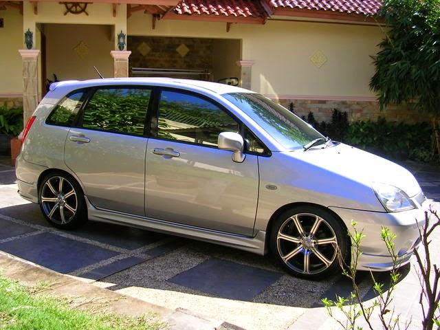 Modifikasi Mobil Suzuki Aerio 2004