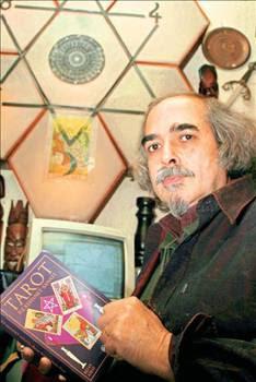 metin-kiraz-astroloji-kitapları-tarot-fal-bakmak