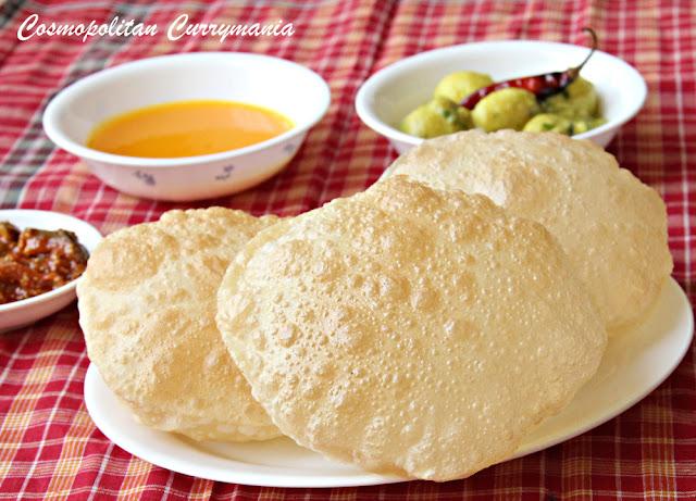 poori/puri/luchi: indian puffed bread