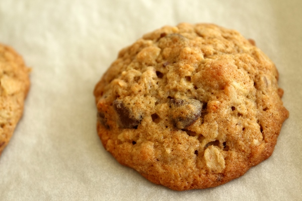 Mission: Food: Banana-Walnut Chocolate Chip Cookies