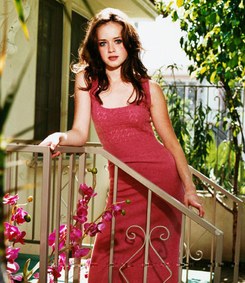 Alexis Bledel Hairstyle 38