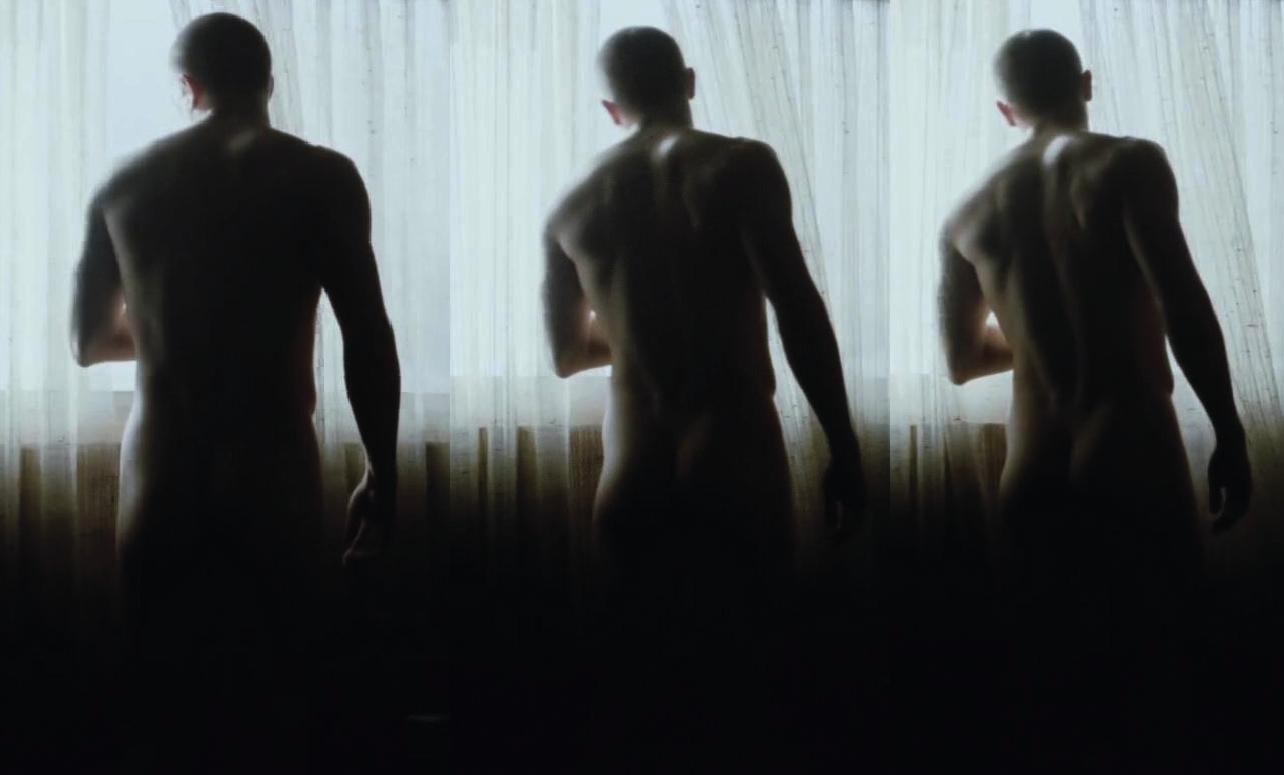http://2.bp.blogspot.com/-YNmWYGL1pbA/ULOGeas82hI/AAAAAAABm7w/0wkF3vBMMCE/s1600/charlie+hunnam+naked+deadfall.jpg