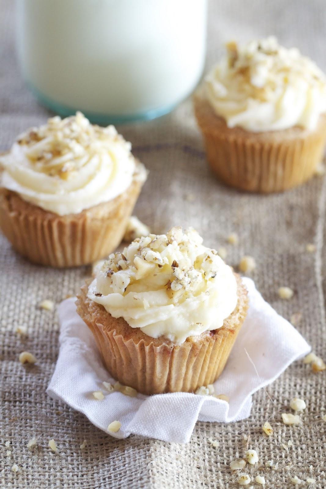 Epicurean Mom: Apple Spice Cupcakes