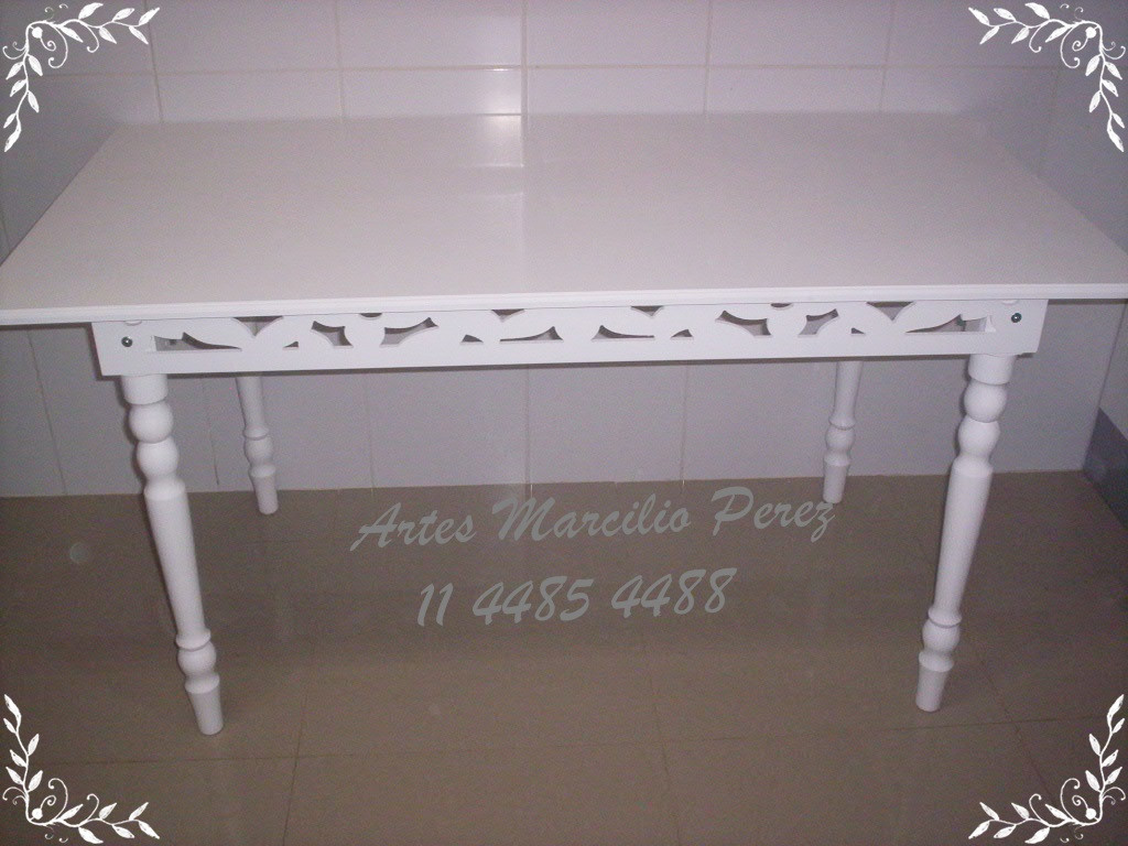 Mesa routher  R$ 280,00 medidas 1.40x80x80A
