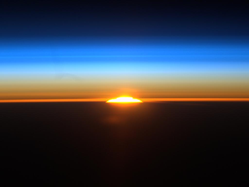 http://2.bp.blogspot.com/-YNy4ARlyNw4/Tlvp1JFXa6I/AAAAAAAAITE/OH3J3djfGmw/s1600/IMAGE+CREDIT+NASA.jpg
