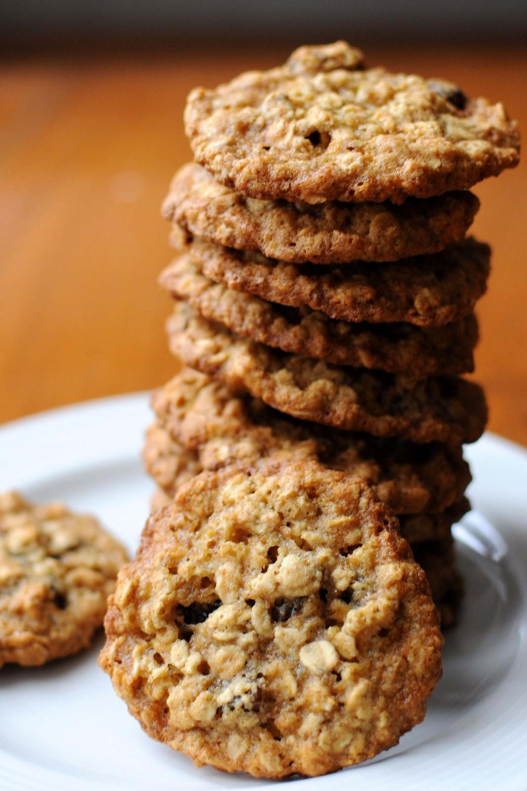 Sweet make me Smile ..: Raisin Oatmeal & Maple syrup cookies