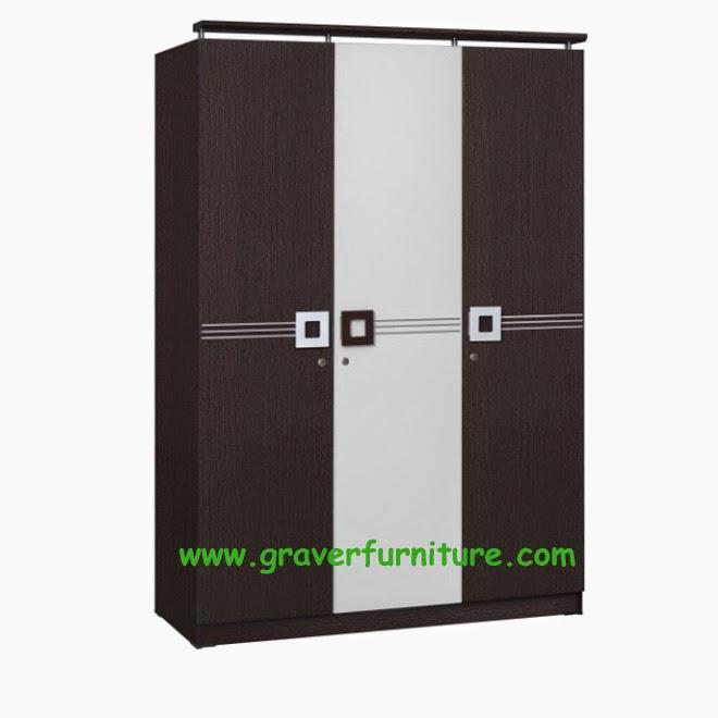 Lemari Pakaian 3 Pintu WD 297 Benefit Furniture