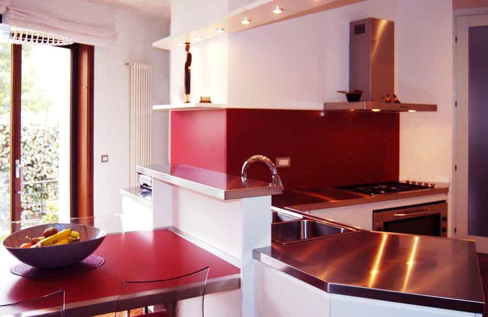 Offerte cucine prezzi e arredamento della cucina cucina su misura sfruttare al meglio gli - Prezzi cucine su misura ...