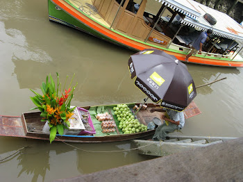 Floating Market at Amphawa