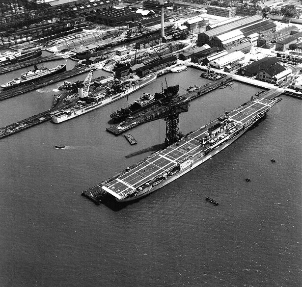 A Destroyer Es To The Aid Of Ing Aircraft Carrier Uss Yorktown Which Was